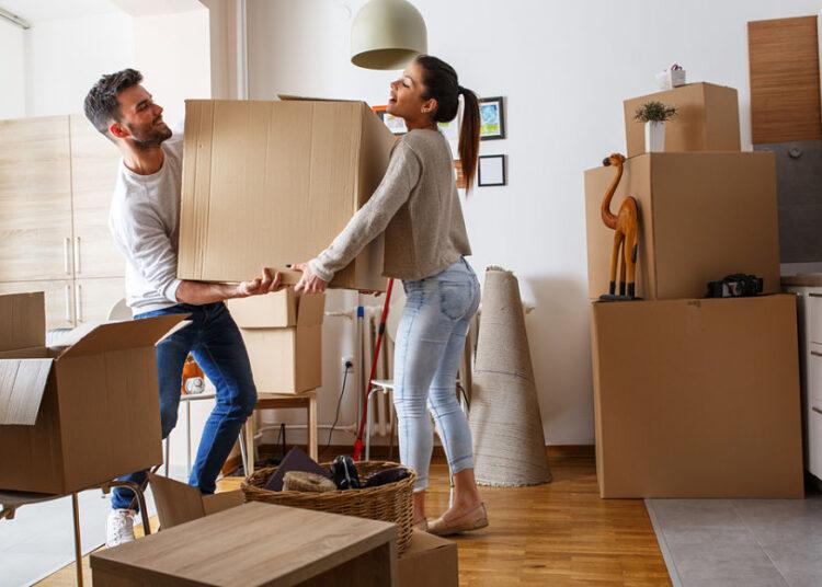 avisar-propietario-mudanza-pareja
